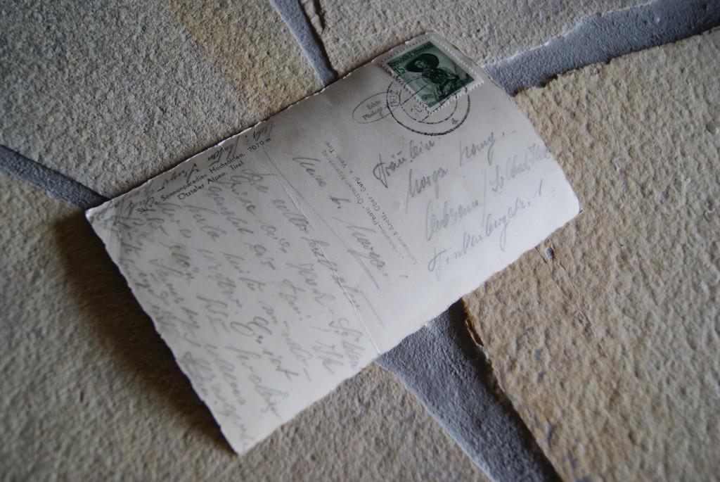 Geschriebene Postkarte