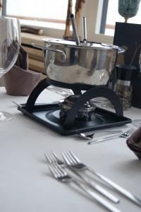 Tisch mit Fondue