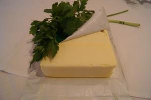 Butter mit Kräutern