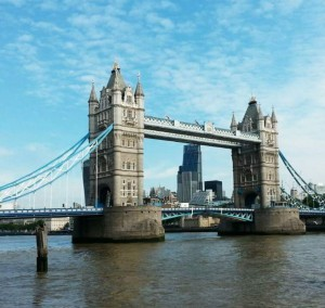 Die Tower Bridge in London